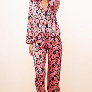 Enya PJ Set in Hibiscus Pink on Black-Final_39_DL_Ibiza_SQ_02_12_202012181_900x_crop_center.png