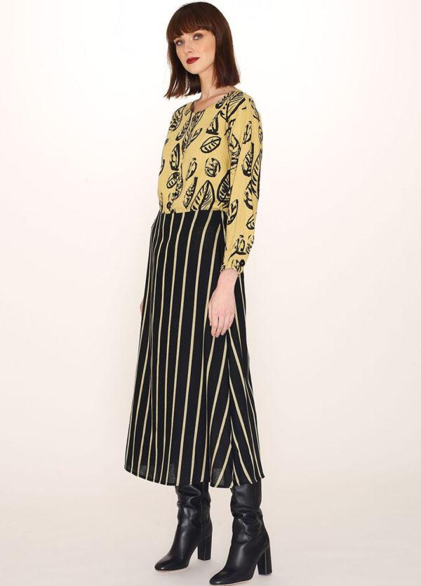 black-skirt-yellow-stripes1
