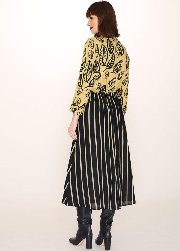 black-skirt-yellow-stripes2