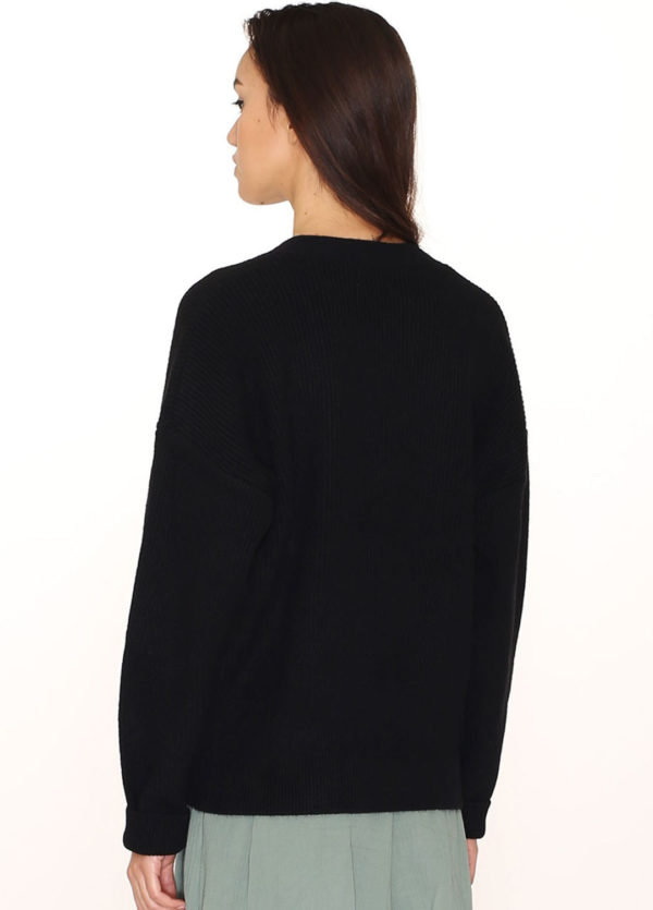 wrapped-sweater-black1